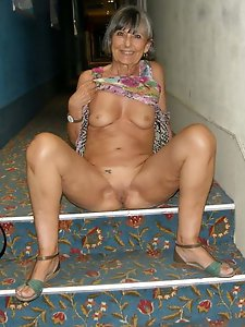 Kinky mature mademoiselle get ready for fuck